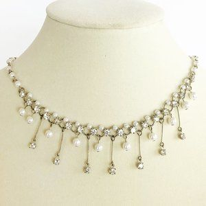 Jewelry - 90's Titanic Style Pearl Necklace and Earrings Set